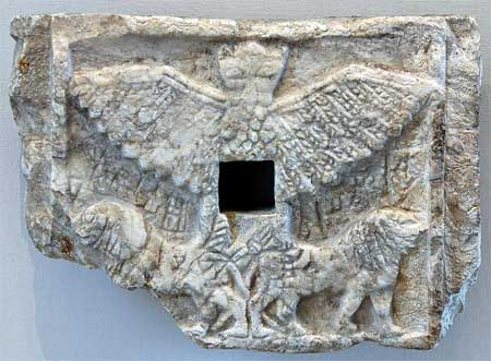 Relief representing the bird-god Anzu as a lion-headed eagle - Alabaster, Early Dynastic III (2550–2500 BC)
